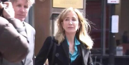 美国高校丑闻 涉案好莱坞女星正式认罪