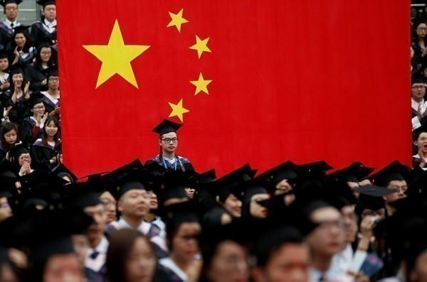 中国大学严控宗教书籍 借阅者下场超惨