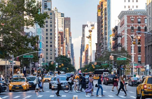 美国10大城市负债累累 每人需负担近5万