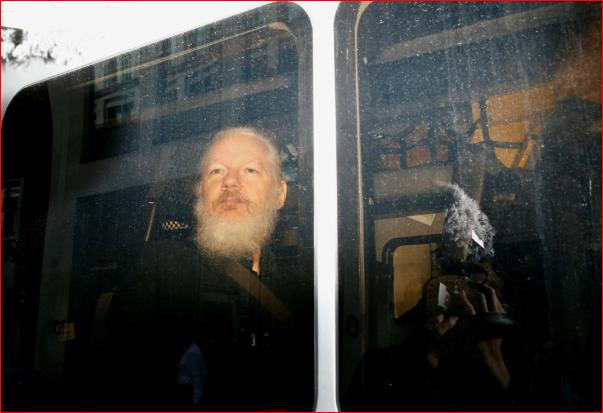 瑞典检方以调查性侵案为由拘留阿桑奇