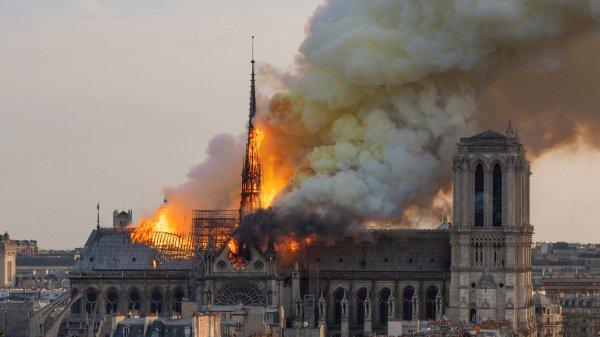 火烧圣母院与火烧圆明园之对比(三)