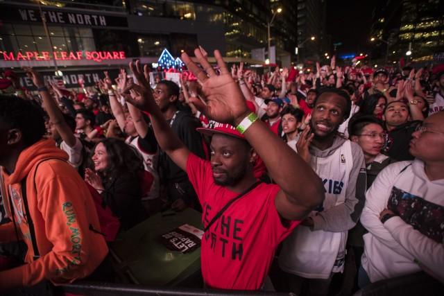 猛龙队真猛:NBA决赛门票天价、收视率倾国