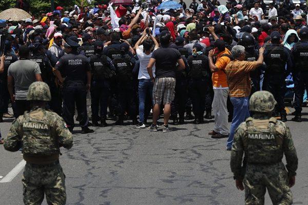 川普关税奏效:墨西哥终于以实质行动挡偷渡