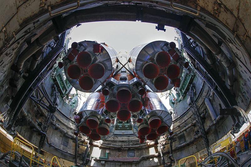 俄罗斯与中国分享火箭技术 提议合建月球基地