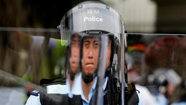 2019-06-12t043728z_1506550540_rc1279d8f870_rtrmadp_3_hongkong-extradition.jpg