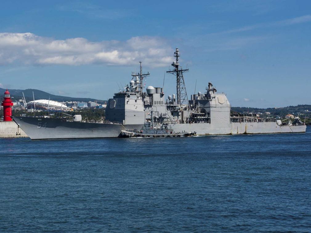 派军舰穿台海示威 加拿大无惧中国再开新战线?