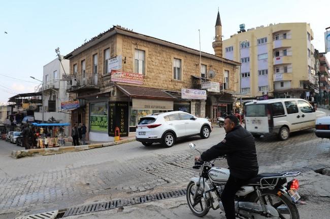 土耳其边城汽车爆炸3死 艾尔段:疑似恐攻