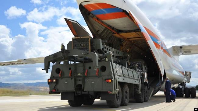 土耳其订购俄罗斯导弹 与美国关系可能翻脸