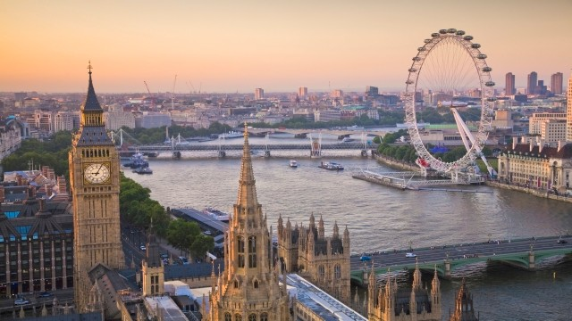 76709-640x360-houses-of-parliament-and-london-eye-on-thames-from-above-640.jpg