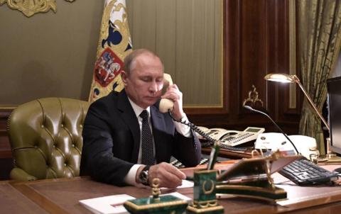 川普主动给普京打通电话:我们愿意帮你灭火