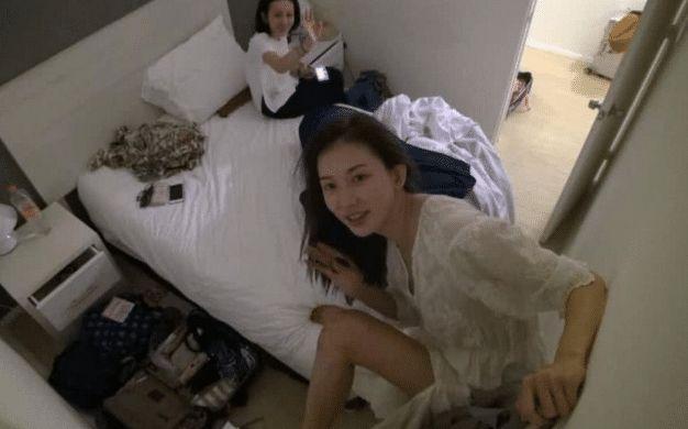 林志玲真人长啥样?看她在床上的素颜照