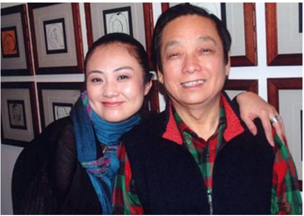 82岁韩美林和小娇妻生子 杨振宁都要甘拜下风