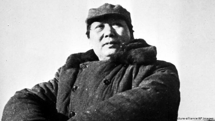 Mao Tse-tungs Einmarsch in Peking (1949) (picture-alliance/AP Images)