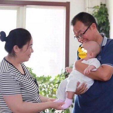 魏则西去世三年后 其父母生下试管婴儿