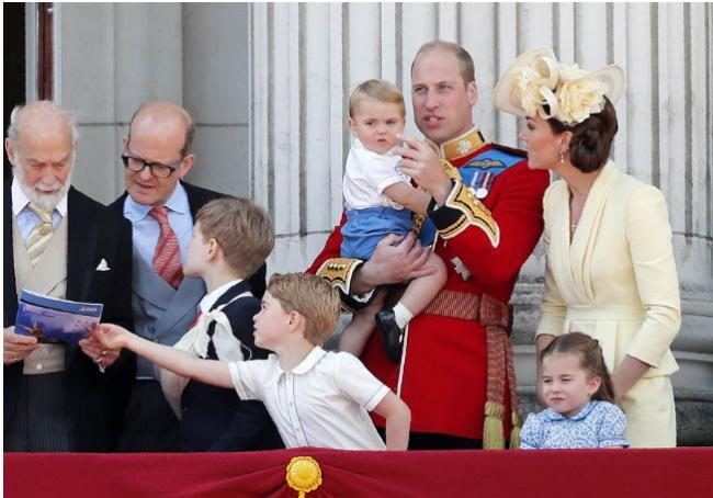就是不听,凯特威廉根本不守王室这个规定