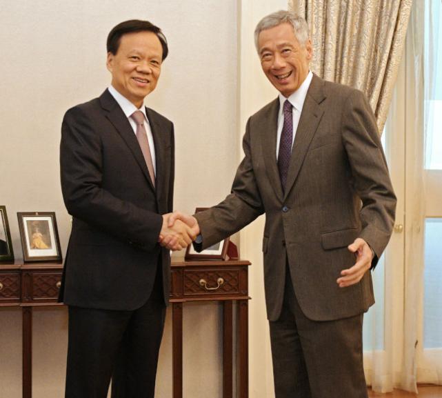 习近平嫡系大将访新加坡星 李显龙亲自接见