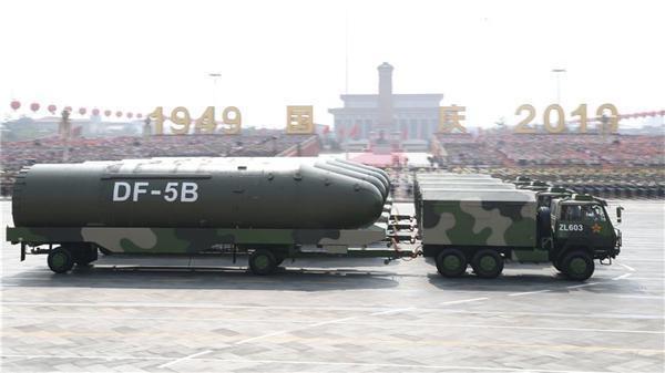 独一无二 这种装备跨越35年仍是阅兵主力