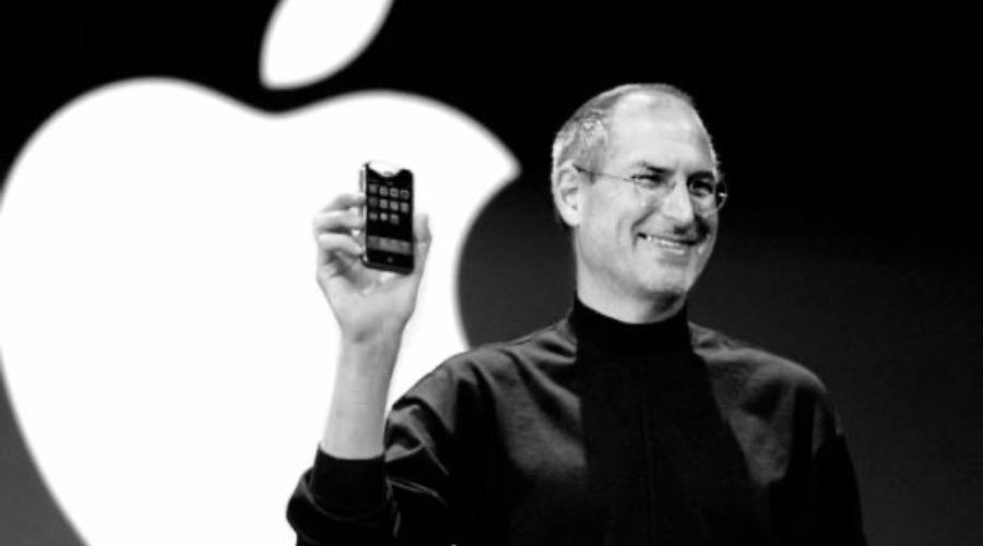 逝世八周年:世人谁记乔布斯,苹果平凡不平庸