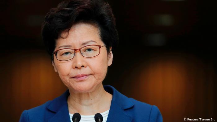Hong Kong | Pressekonferenz Carrie Lam (Reuters/Tyrone Siu)