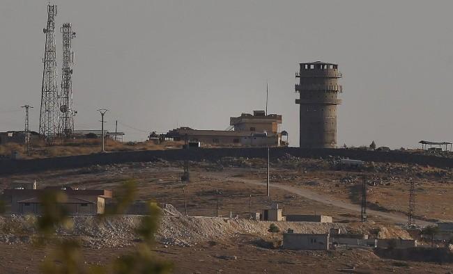 美军紧急撤离叙利亚如同逃难 现场一片狼藉