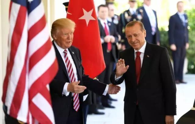 读完川普的信 土耳其总统把它扔进了垃圾桶