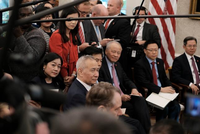 美国出台新规,限制中国外交官的行动
