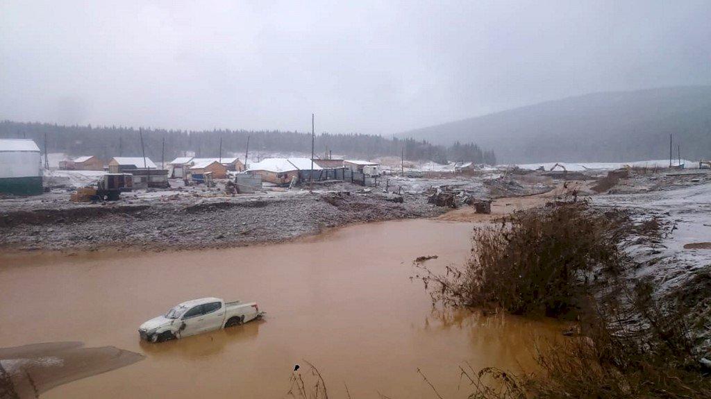惊传!金矿区溃堤 至少15死6失踪