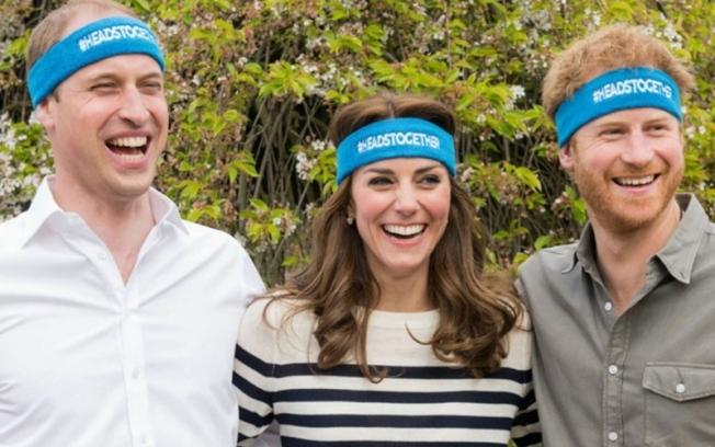 """哈利王子认""""兄弟不和"""":和威廉走在不同道路上"""