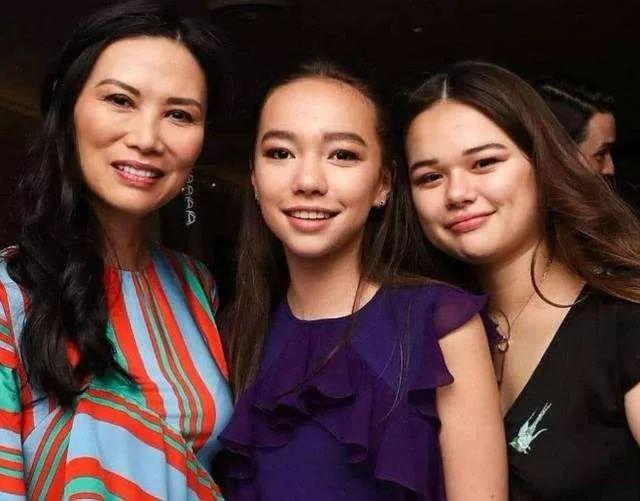 邓文迪女儿:百亿资产无权继承,努力奋斗做自己