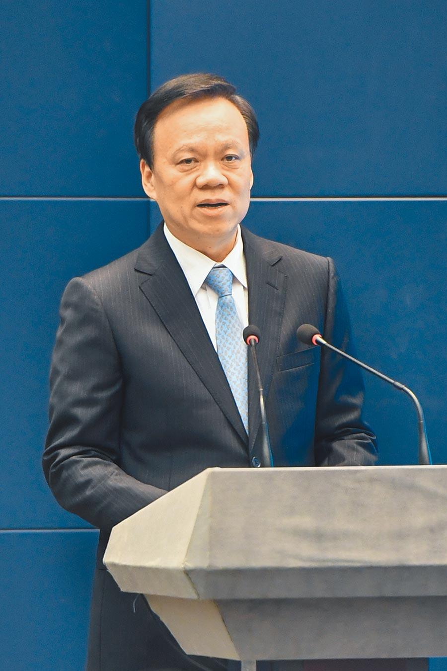 重庆市委书记陈敏尔,在中共党政要员中具年龄与经历优势。(中新社)