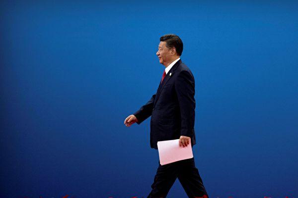 """习近平在美中关系和香港问题上遭""""逼宫"""""""