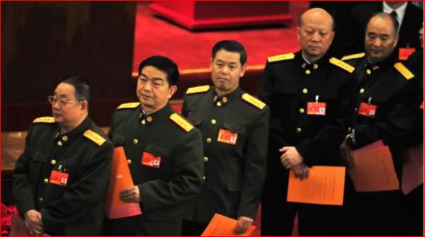 疑廖锡龙弟的贵州警官廖锡文被查 官方简历蹊跷