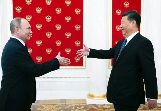 """中亚 ― """"中国龙""""深入""""俄国熊""""的地盘"""