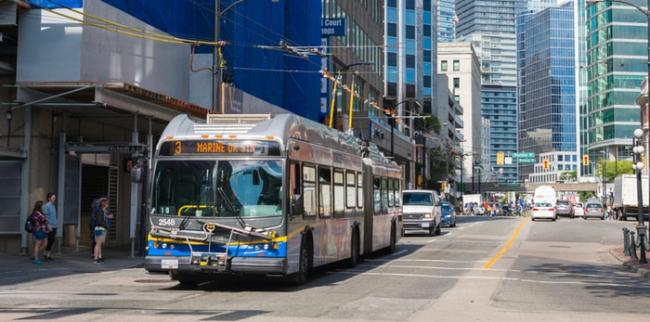 translink-bus-downtown-vancouver-min.jpg