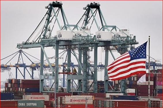 中国头号出口国地位被美国取代
