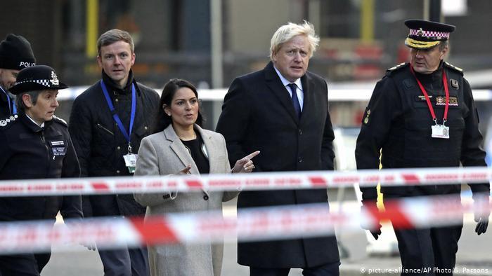 England London nach Terrorattacke auf der London Bridge (picture-alliance/AP Photo/S. Parsons)
