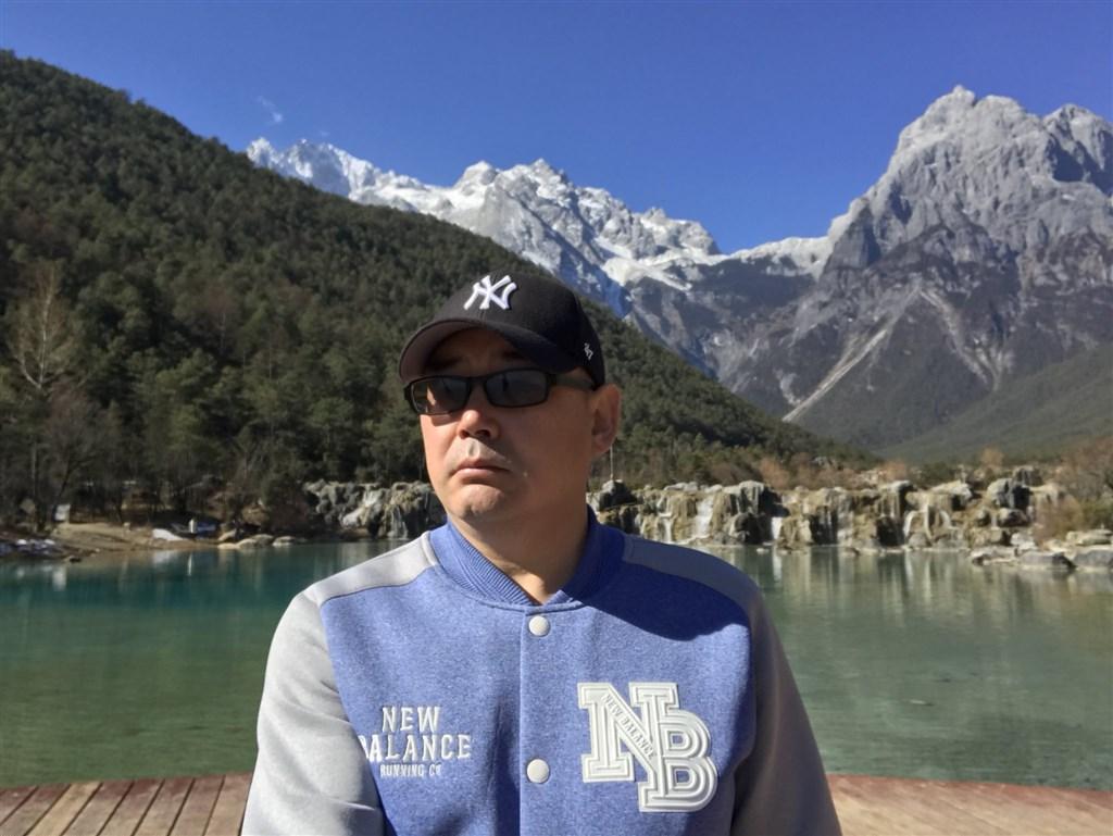 中��出生的澳洲籍作家��a均(�D)遭北京�b押,澳洲外交部�L潘恩2日表示,��a均一日又一日遭到���等�境「令人�o法接受」。(�D取自twitter.com/yanghengjun)