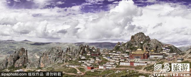 """西藏惊现""""悬空""""寺院!仿佛天外神仙居所"""