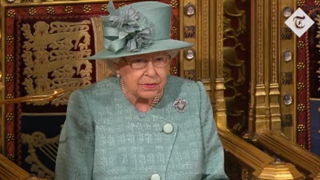 英女王御座致辞 宣布明年1月31日前完成脱欧