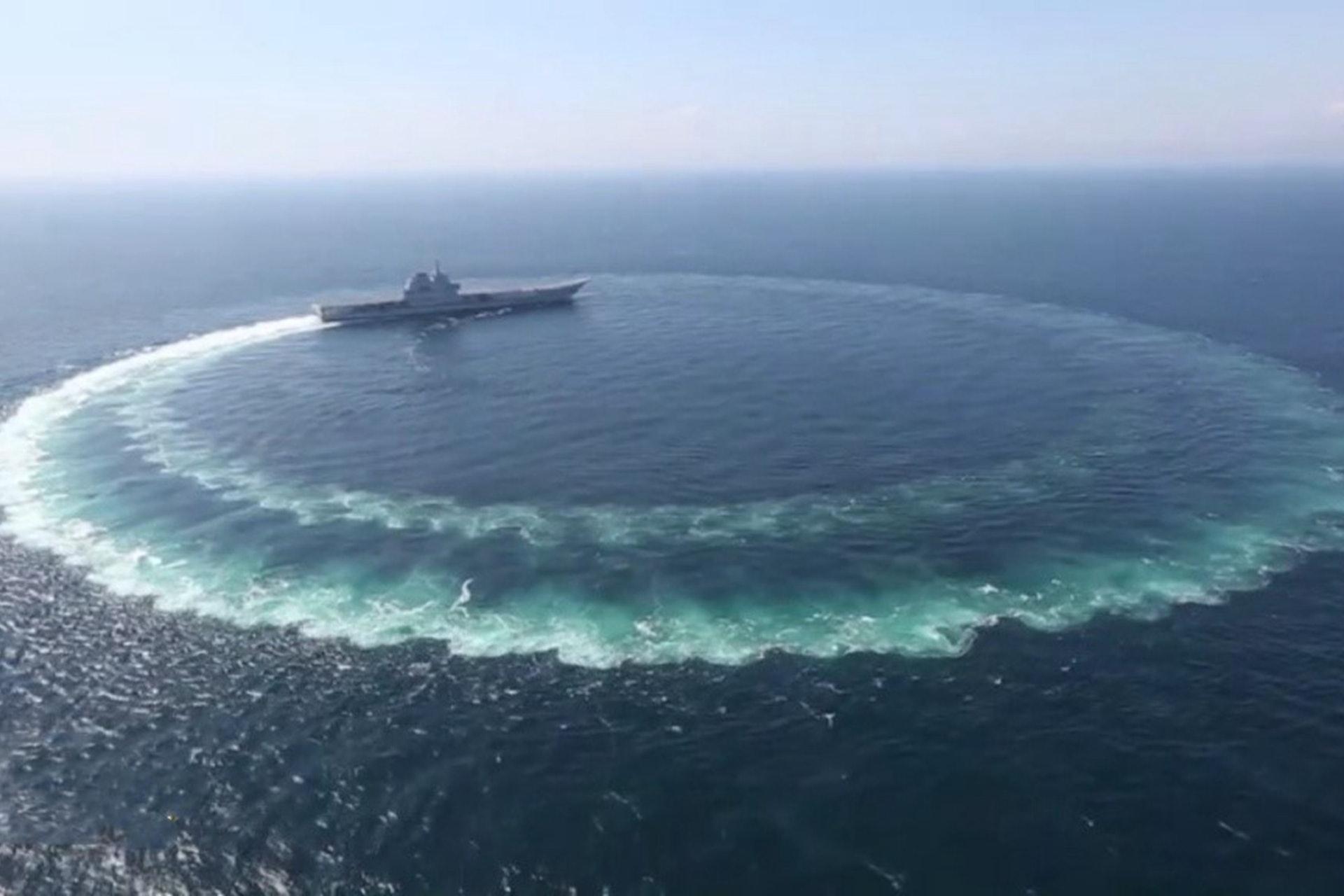 """曝山东舰测试细节 被指就是""""海上漂的纸老虎"""""""