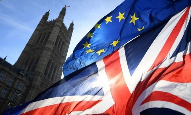 """即将与英国""""分手"""" 欧盟写了一封情书"""