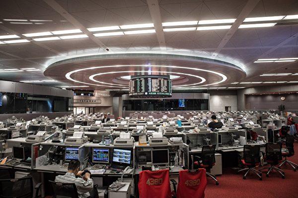 AFP_HongKong-exchange--600x400.jpg