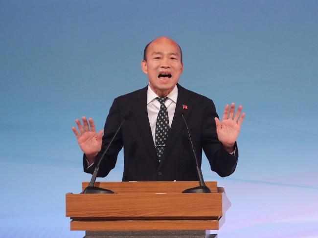 台总统辩论韩国瑜大炮乱打 幕僚忙收残局