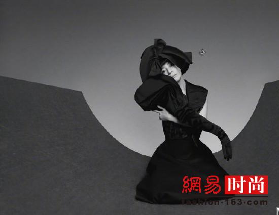 赵薇演绎蝴蝶与佳人 别有意境