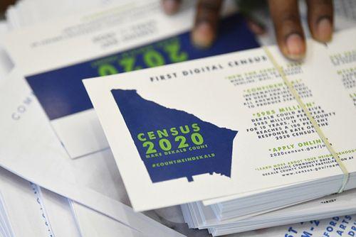 蓝州选民外逃搬入中部红州 美国大选要变天?