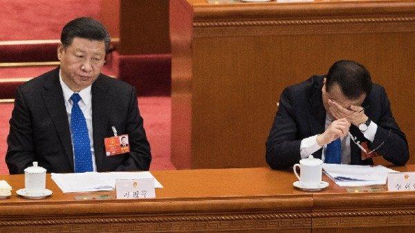 有习近平的高级幕僚对海外爆称,北京高层已经走投无路了,每个人都清楚这个体制已经完了。