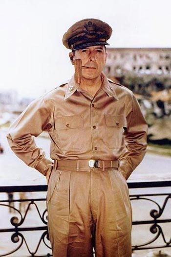 道格拉斯.麦克阿瑟将军