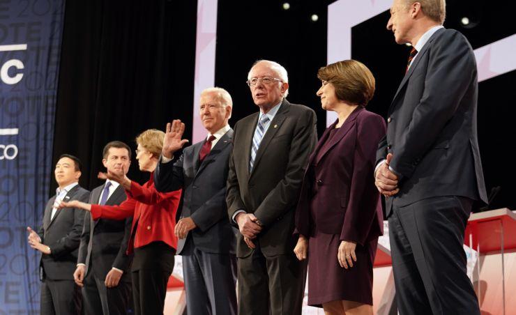 """主张""""多元""""的民主党 如今竟拿出全白人阵容"""