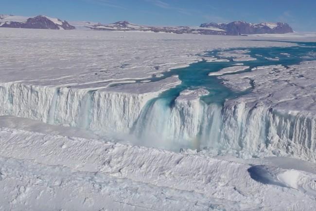 antarctica.0-1024x683.jpg