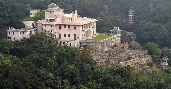 中国富豪18亿买下伦敦豪宅 45个卧室 玻璃都是防弹的 刷新世界纪录!